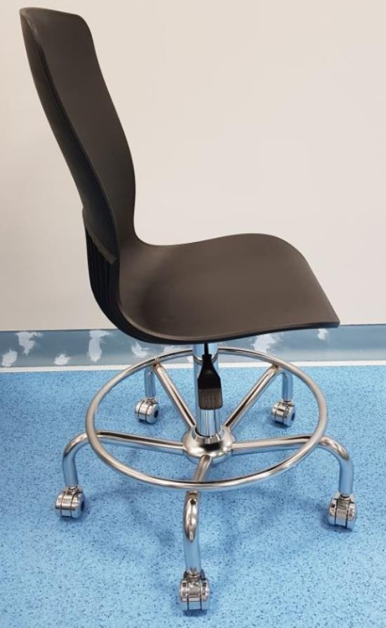 의자1.jpg